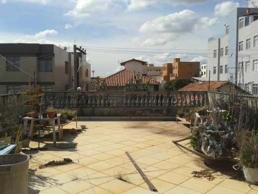 Casa de 3 dormitórios à venda em Carlos Prates, Belo Horizonte - MG