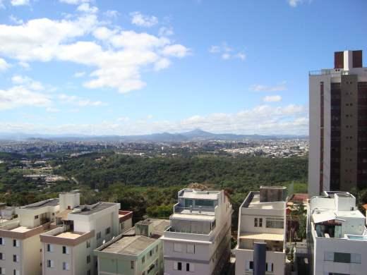 Cobertura de 2 dormitórios à venda em Ouro Preto, Belo Horizonte - MG