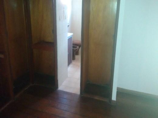 Casa de 4 dormitórios à venda em Floresta, Belo Horizonte - MG