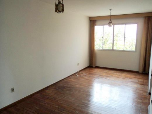 Apto de 3 dormitórios à venda em Carlos Prates, Belo Horizonte - MG