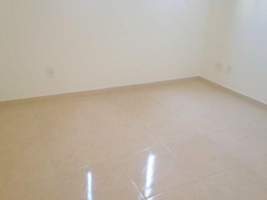 Apto de 3 dormitórios em Ana Lucia, Belo Horizonte - MG