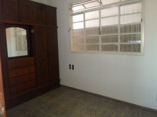 Casa de 2 dormitórios à venda em Planalto, Belo Horizonte - MG