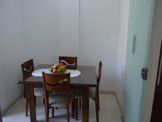 Apto de 2 dormitórios à venda em Nova Floresta, Belo Horizonte - MG
