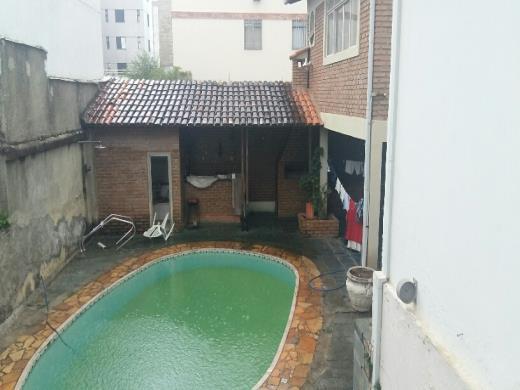 Casa de 3 dormitórios em Floresta, Belo Horizonte - MG