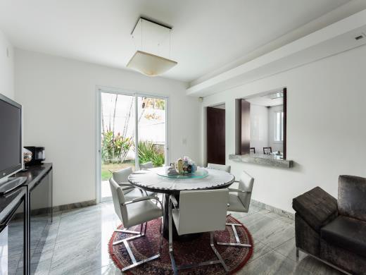 Casa de 4 dormitórios em Bandeirantes, Belo Horizonte - MG