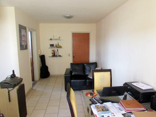 Apto de 2 dormitórios à venda em Renascenca, Belo Horizonte - MG