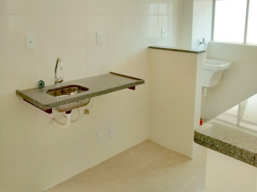 Cobertura de 3 dormitórios à venda em Ana Lucia, Belo Horizonte - MG