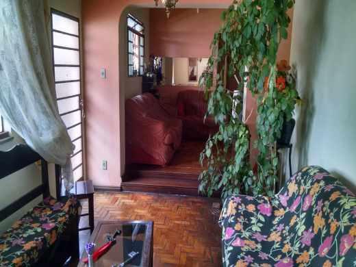 Foto 1 casa 6 quartos colegio batista - cod: 13589