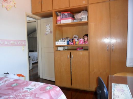 Casa de 4 dormitórios em Floresta, Belo Horizonte - MG