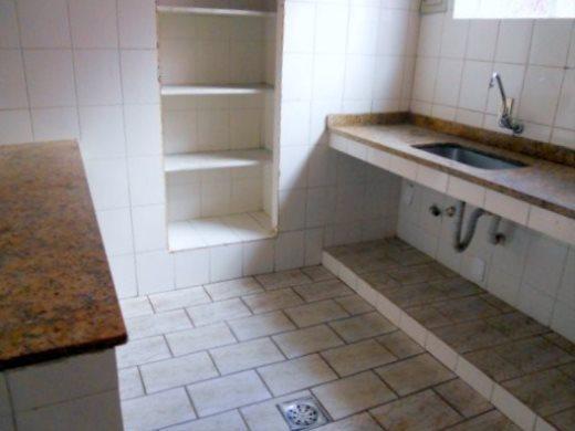 Casa de 4 dormitórios à venda em Barro Preto, Belo Horizonte - MG
