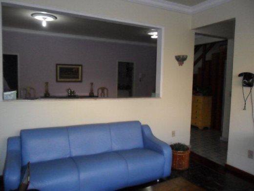 Casa de 5 dormitórios em Fernao Dias, Belo Horizonte - MG