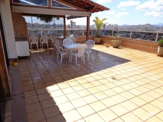 Cobertura de 5 dormitórios à venda em Sagrada Familia, Belo Horizonte - MG