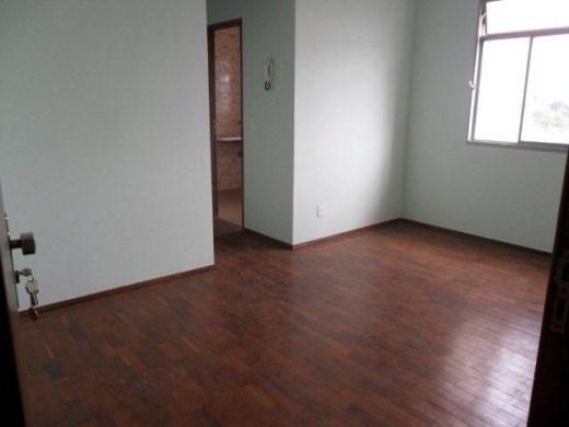 Apto de 2 dormitórios à venda em Jaragua, Belo Horizonte - MG