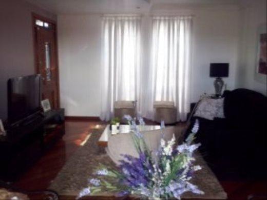 Casa de 4 dormitórios em Fernao Dias, Belo Horizonte - MG