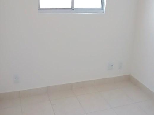 Apto de 2 dormitórios em Ana Lucia, Belo Horizonte - MG