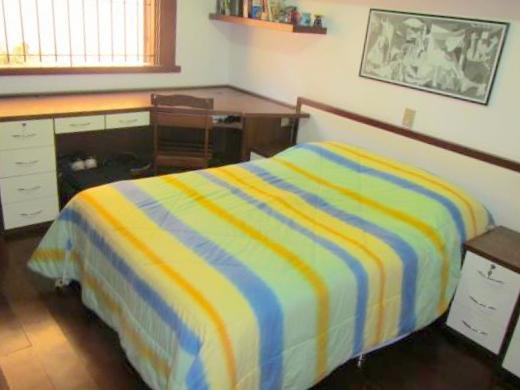 Casa de 4 dormitórios em Dona Clara, Belo Horizonte - MG