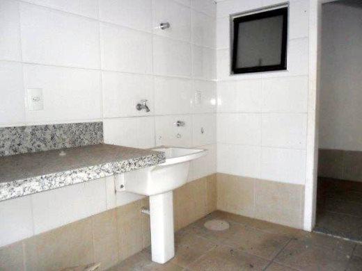 Casa de 4 dormitórios à venda em Jaragua, Belo Horizonte - MG