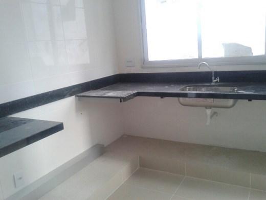 Apto de 3 dormitórios em Nova Floresta, Belo Horizonte - MG
